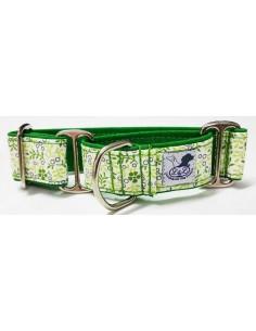 collar whippet martingale verde con flores blancas